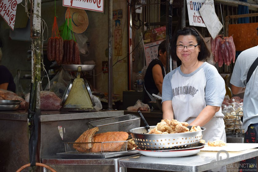 32-Sri-Din-Daeng-market